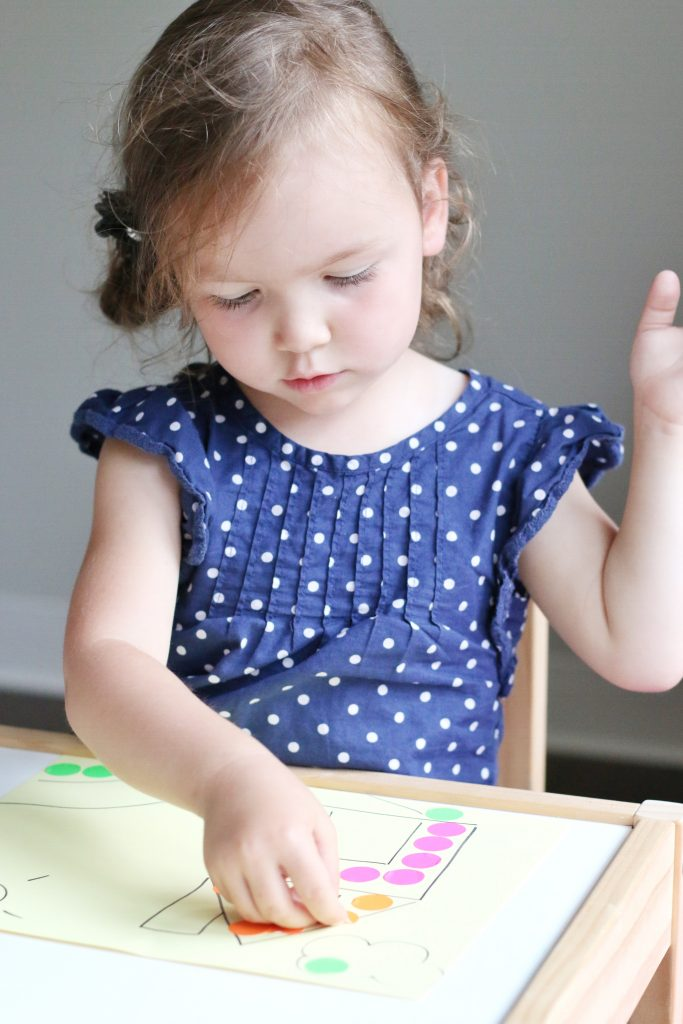sticker dot craft for toddler
