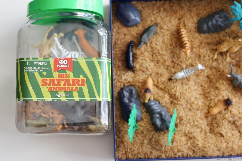 safari sensory bin