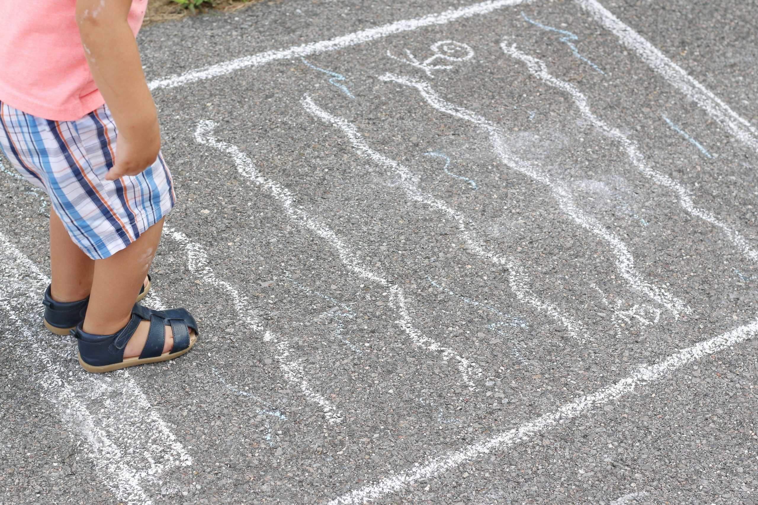 Distance Pool Jumping Game using Chalk