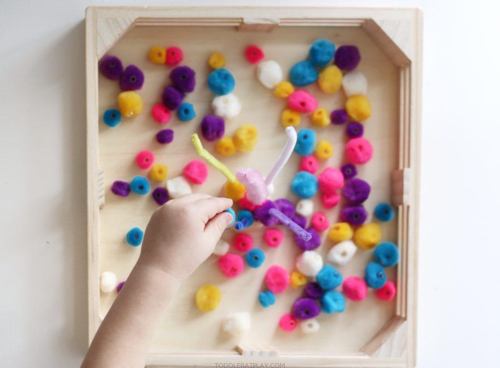 pom-pom color sorting- toddler at play (1)