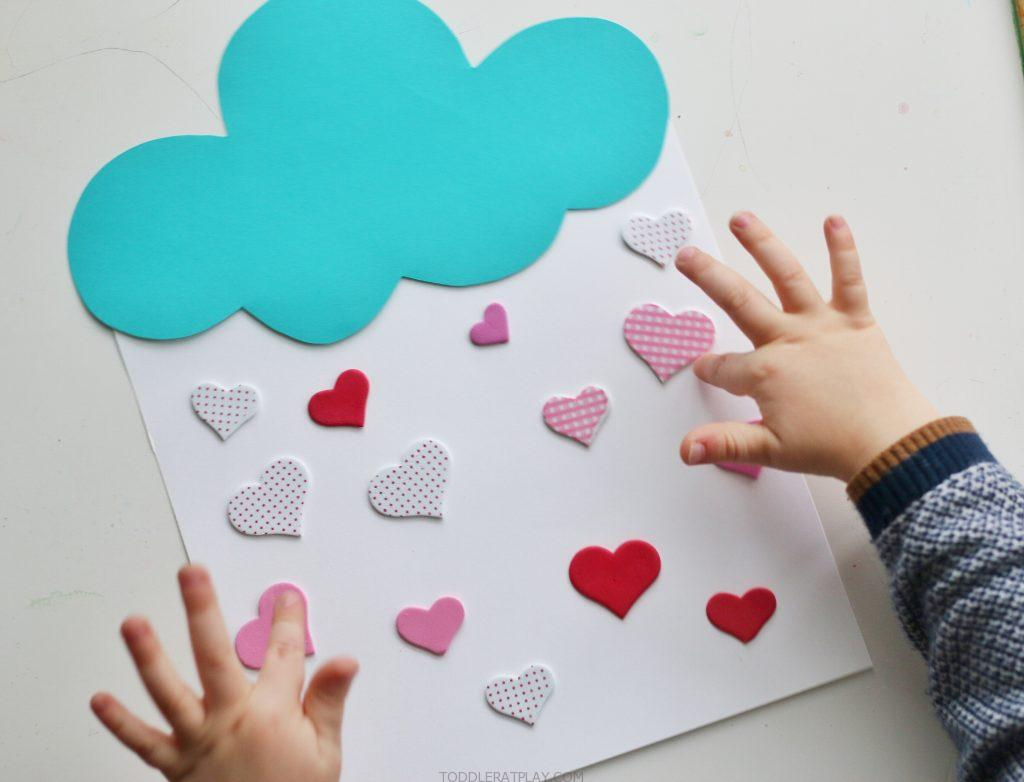 raining hearts counting activity- toddler at play (4)
