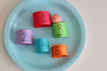 Paper Plate Marble Counting Maze- toddler at play (4)