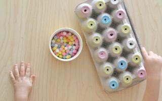egg carton pom-pom color sort (2)