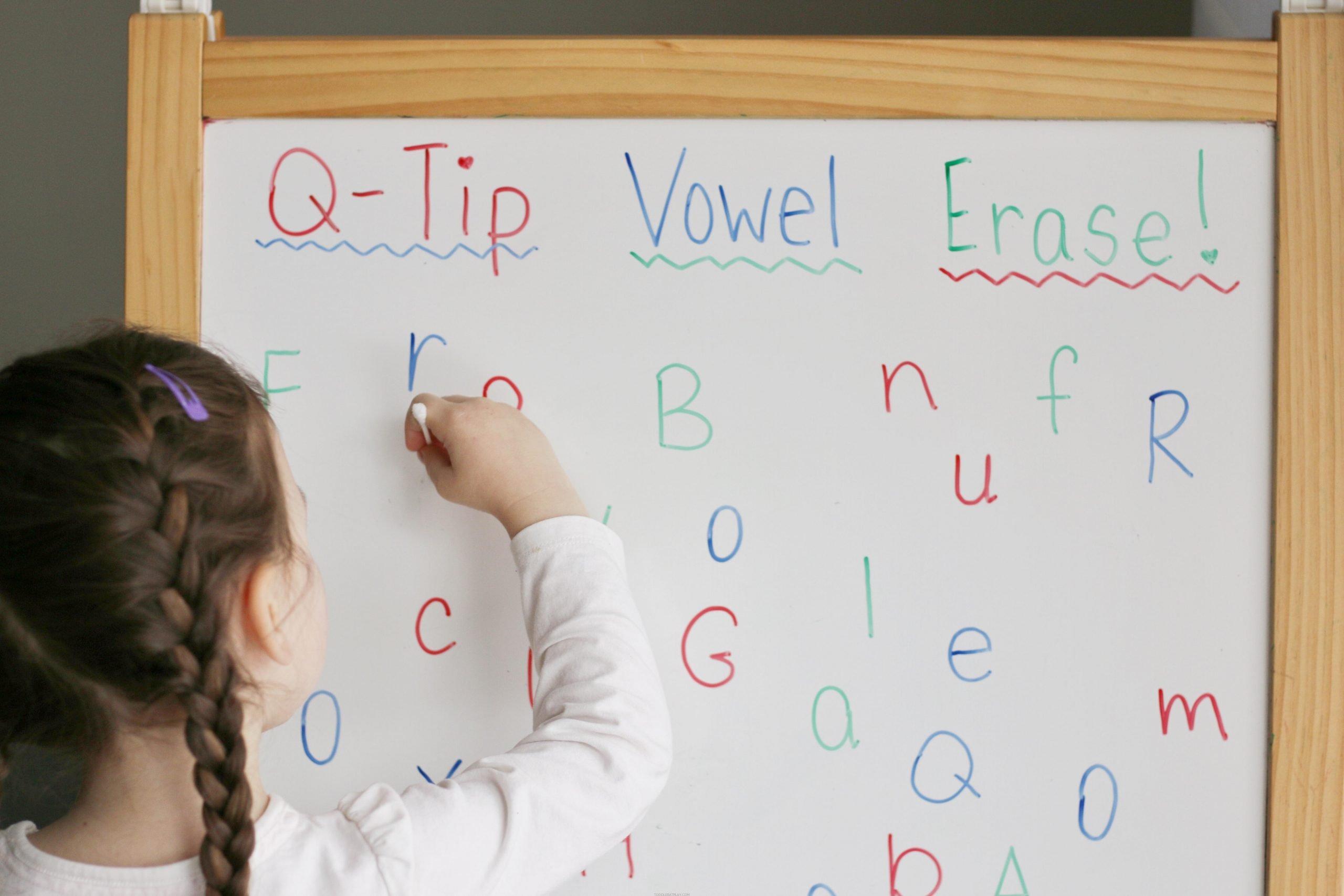 Q-tip Vowel Erase Activity