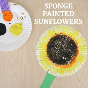 sponge painted sunflower- toddler at play (9)