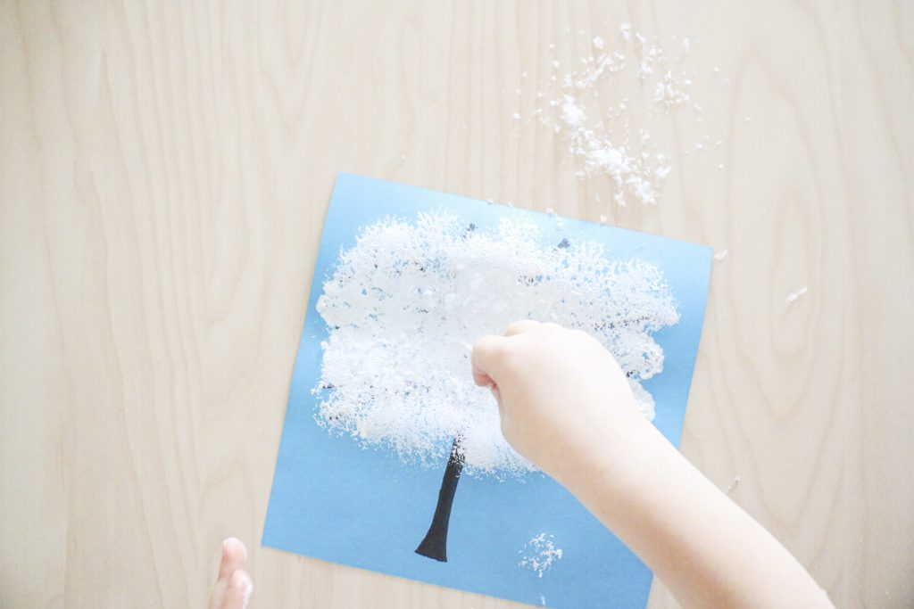 pom-pom stamped winter tree- toddler at play (1)