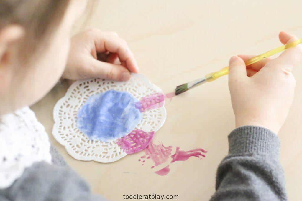 Coffee filter butterfly craft- toddler at play (8)