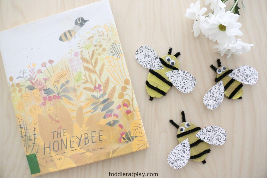 recycled bee craft- toddler at play (5)