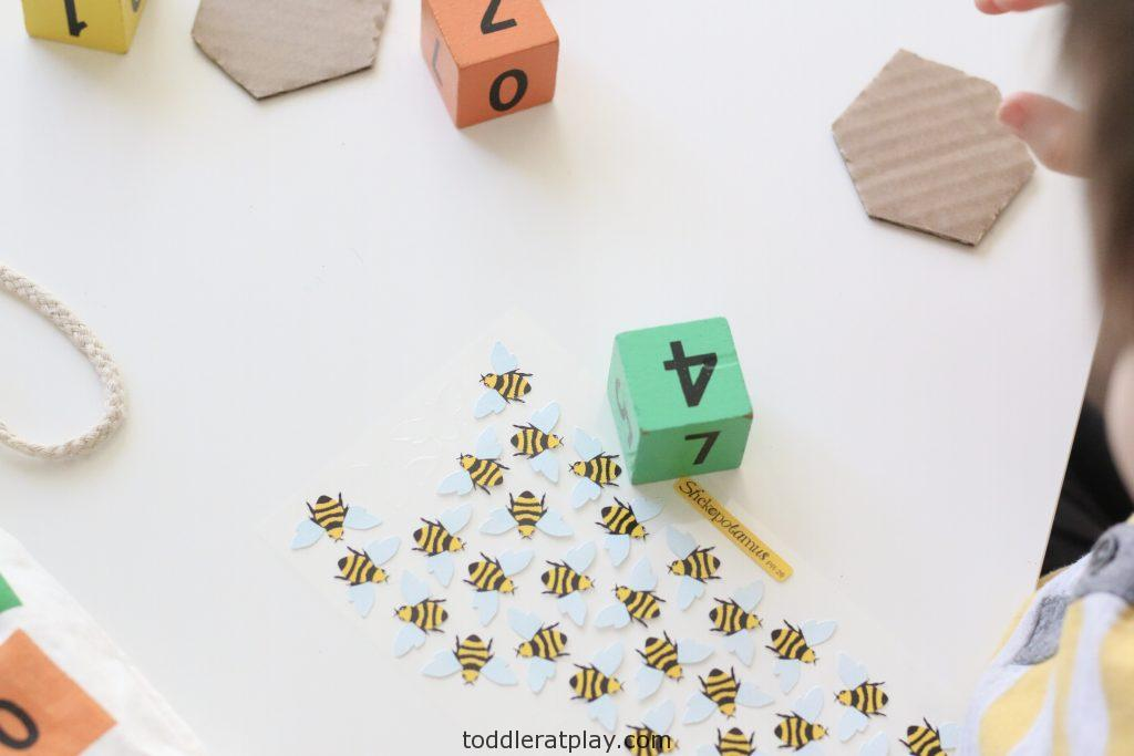 bee counting activity- toddler at play (2)