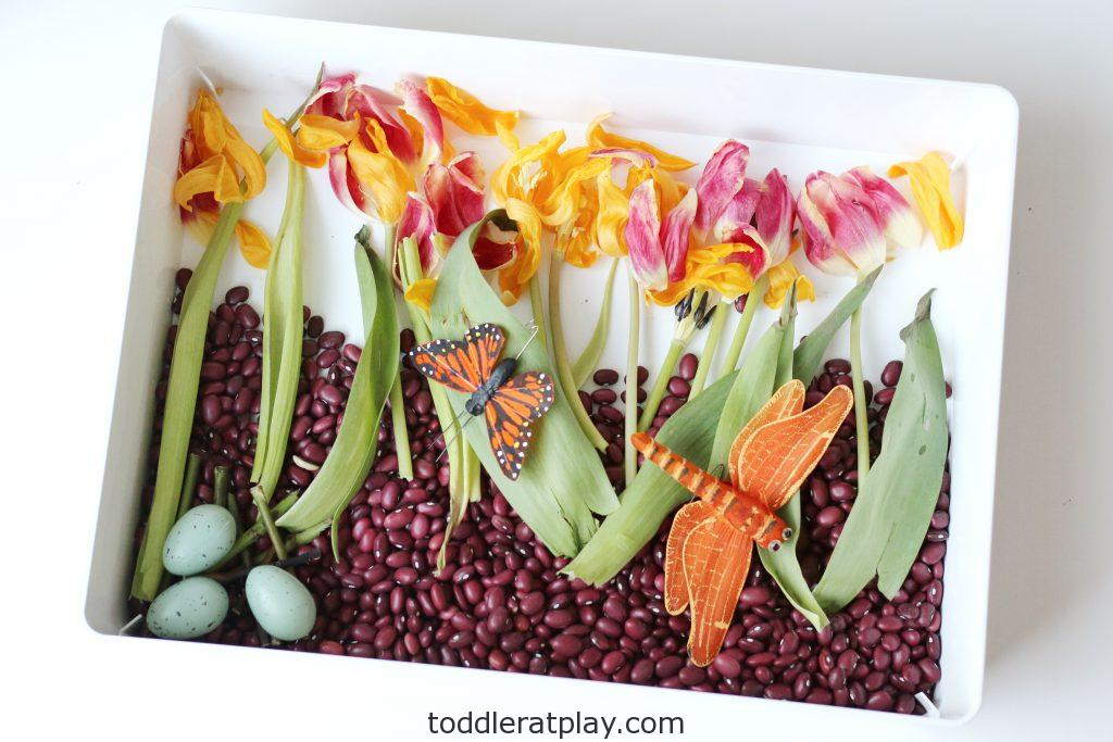 spring sensory bin- toddler at play (6)